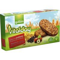 Galleta sandwich sabor avellana GULLÓN Vitalday, caja 220 g
