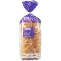 Pan de molde de 15 cereales con corteza EROSKI, paquete 675 g