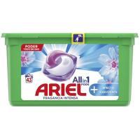 Detergente en pods 3en1 ARIEL, caja 45 dosis