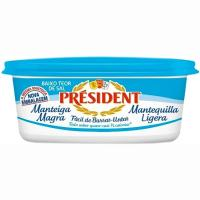 Mantequilla ligera PRESIDENT, tarrina 250 g