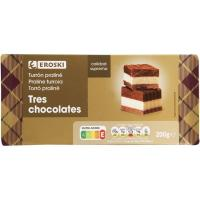 Turrón de praliné 3 chocolates EROSKI, caja 200 g